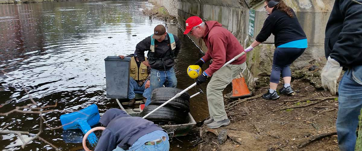 Cleaning up the Blackstone River